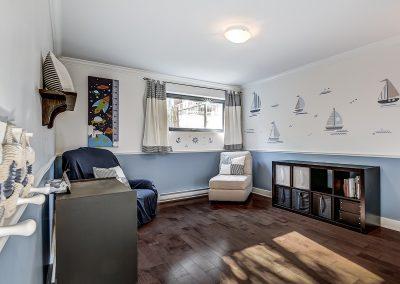 2e chambre 02-7650 13e Avenue