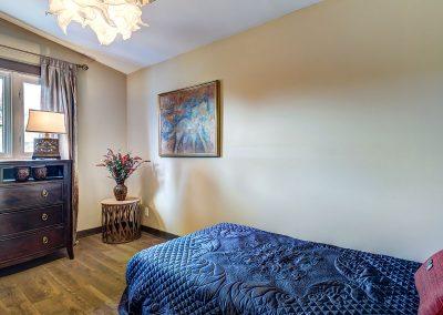 2e chambre au premier étage du 604 rue Diane Ste-Dorothée Laval